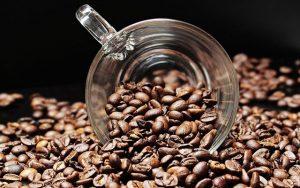 האם צריכה מתונה של קפה יכולה להקטין את הסיכון לשחמת הכבד? מחקר בדק